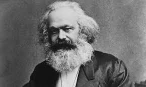 كارل ماركس بناسن!